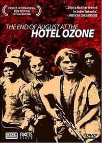Plakát k filmu: Konec srpna v hotelu Ozon