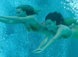 H2O stačí přidat vodu - H2O: Just Add Water