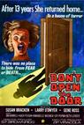 Don't Open the Door! (1975)