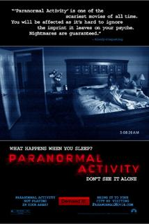 Plakát k filmu: Paranormal Activity 3D