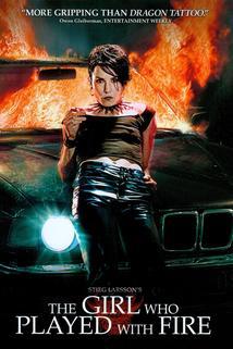 Plakát k filmu: Dívka, která si hrála s ohněm