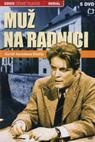 Muž na radnici (1976)