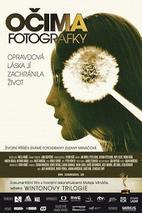 Plakát k filmu: Očima fotografky