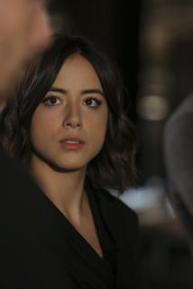 Agenti S.H.I.E.L.D. - Mnoho hlav, jeden příběh  - Many Heads, One Tale