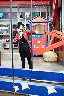 Cutthroat Kitchen - Circus Spectacular  - Circus Spectacular