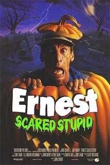 Ernest proti obrovi