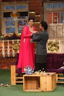 The Kapil Sharma Show - Shahrukh & Nawazuddin in Kapil's Show  - Shahrukh & Nawazuddin in Kapil's Show