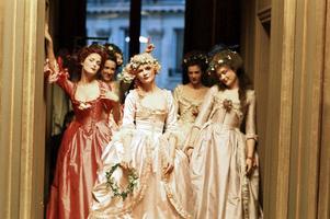 Kdyby mi Versailles vyprávěly
