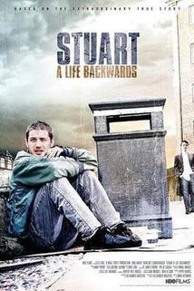 Stuart: Život pozpátku