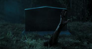 Mrtví neumírají