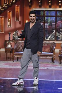 Comedy Nights with Kapil - Akshay Kumar - Holiday  - Akshay Kumar - Holiday