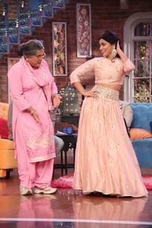 Comedy Nights with Kapil - Arshad Warsi as a host, Ajay Devgn, Tabu, Shriya Saran  - Arshad Warsi as a host, Ajay Devgn, Tabu, Shriya Saran