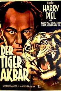 Tiger Akbar, Der