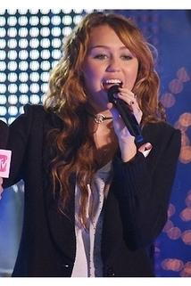 FNMTV Presents: A Miley-Sized Surprise... New Year's Eve 2009