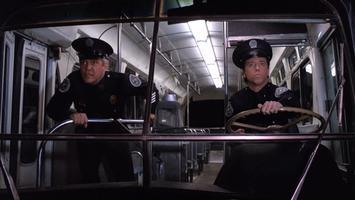 Policejní akademie 6 Město v obležení