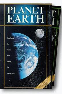 Planet Earth: Volume 1 - The Living Machine