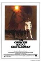 Plakát k filmu: Důstojník a džentlmen