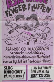 Åsa-Nisse flyger i luften